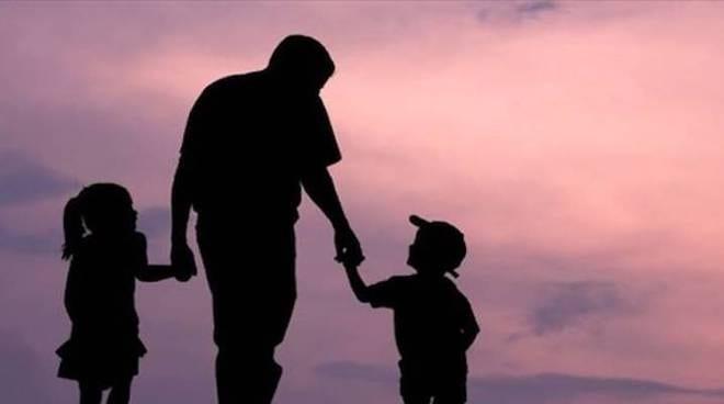 """L'associazione che dà sostegno ai padri separati: """"Non siamo dei babbomat"""""""