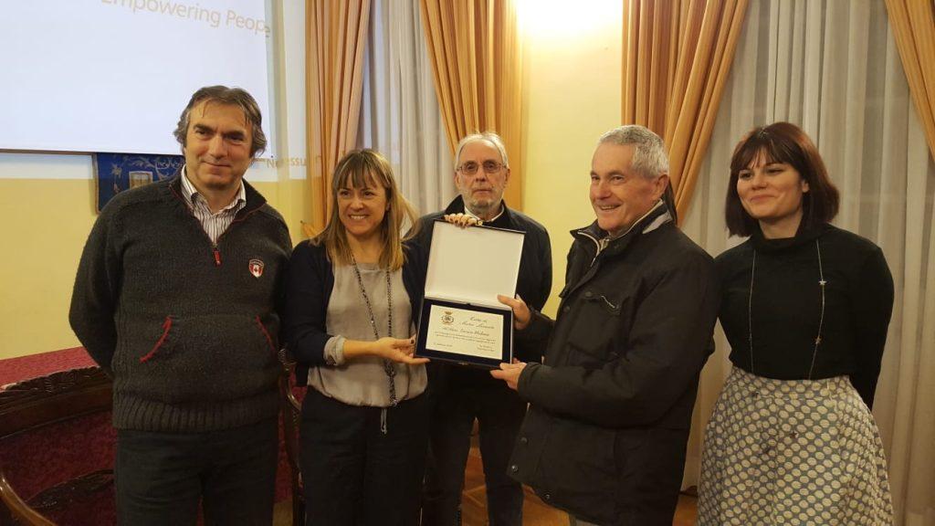 Sestri: una targa per meriti sportivi a Enrico Medone