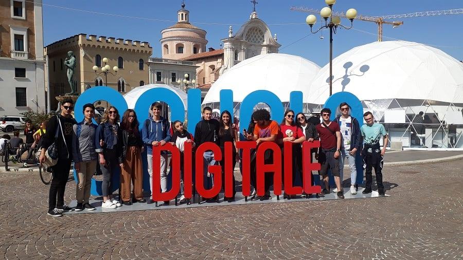 Scuola digitale e innovazione: gli studenti del 'Liceti' grandi protagonisti