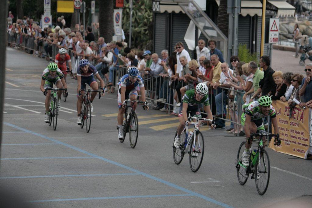 Ciclismo, dopo quattro anni ritorna la Milano-Rapallo