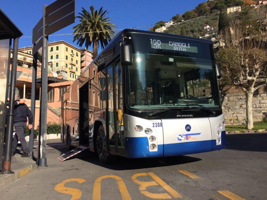 Camogli, i bus ritornano in via della Repubblica